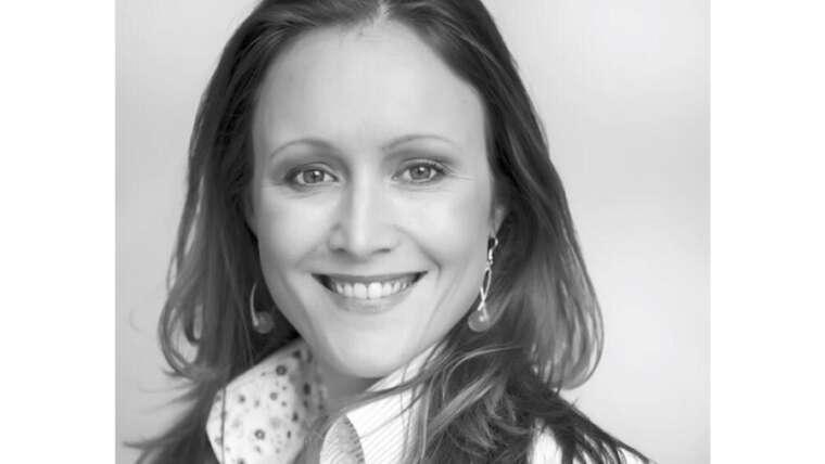 Drs. Claire Demmendal